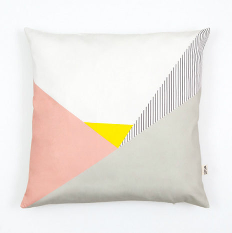 Kussenhoes geometrische en roze pastel prints  50×50