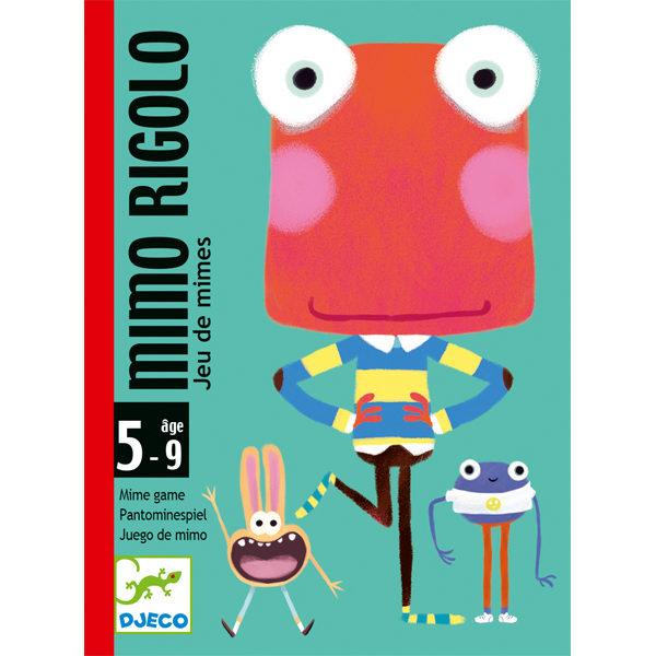 Djeco mimo rigolo mimespel vanaf 5j Djeco mimo rigolo mimespel vanaf 5j is een leuk spel van het Franse merk Djeco. In de stevige hersluitbare kartonnen doos zitten 48 kaarten mat grappige monsters in verschillende vreemde houdingen die de spelers moeten nadoen. De speler die het snelst de bijhorende kaart vindt, wint deze. Het mimespel is voor geschikt voor 3 tot 6 spelers vanaf 5 jaar. Speelduur +/- 20 minuten. De mooie illustraties zijn van Clément Léfevre. Ideaal als klein cadeautje voor een verjaardag, een verjaardagsfeestje of op vakantie.