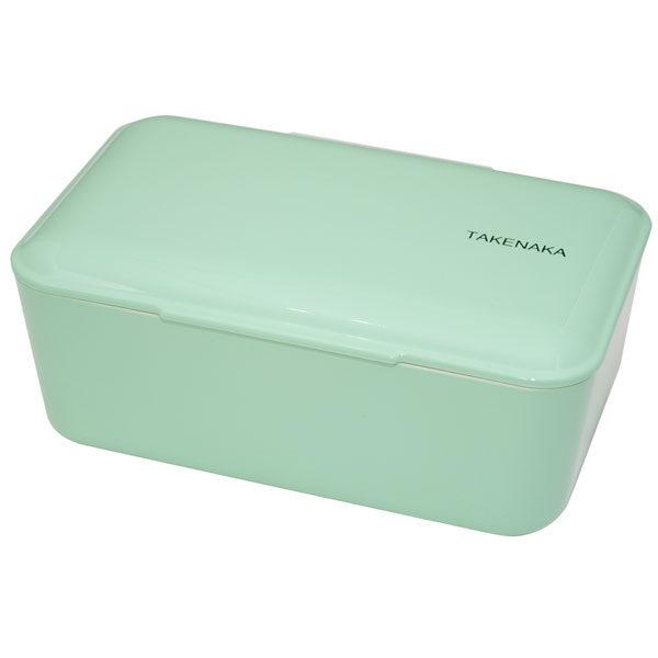Takenaka bento box lunchbox Peppermint Lunchen in stijl doe je met de bento boxes van het Japanse merk Takenaka. De mooie peppermint kleurige bento box kan je gebruiken als lunchbox voor koude en warme gerechten of slaatjes. Inclusief een onderverdeler en een elastiek om de bento box te sluiten. De bento boxes zijn ook verkrijgbaar in de kleuren: rose, candy pink en Serenity blue. Microgolf en vaastwasmachine bestendig. Inhoud is 900 ml.