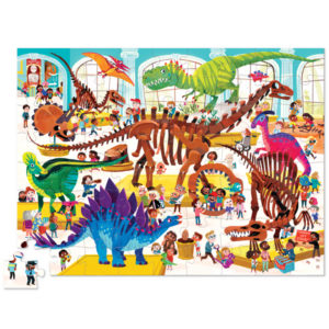 """Crocodile Creek Day at the museum dinosaurs puzzel 72 stuks vanaf 5j De Day at the museumdinosaurs puzzel is een educatieve puzzel voor kinderen vanaf 5 jaar. In de mooie 10cm x 23cm ronde doos zitten 72 stevige kartonnen puzzelstukken. Ontdek al spelenderwijs in het museum de verschillende soorten dinosaurussen. De afmeting van """"de dag in het museum dinosaurus puzzel"""" is 35cm x 48cm. De mooie puzzel is geschikt voor kinderen vanaf 5 jaar. De prachtige puzzels zijn ontworpen in New York door het Amerikaanse merk Crocodile Creek. De puzzel en de verpakking zijn gemaakt van 100% gerecycled karton en gedrukt met inkt op soja basis en watergedragen lak. Ontdek ook uit dezelfde """"Day at the museum"""" collectie de aquariumen space puzzels met 72 puzzelstukken."""