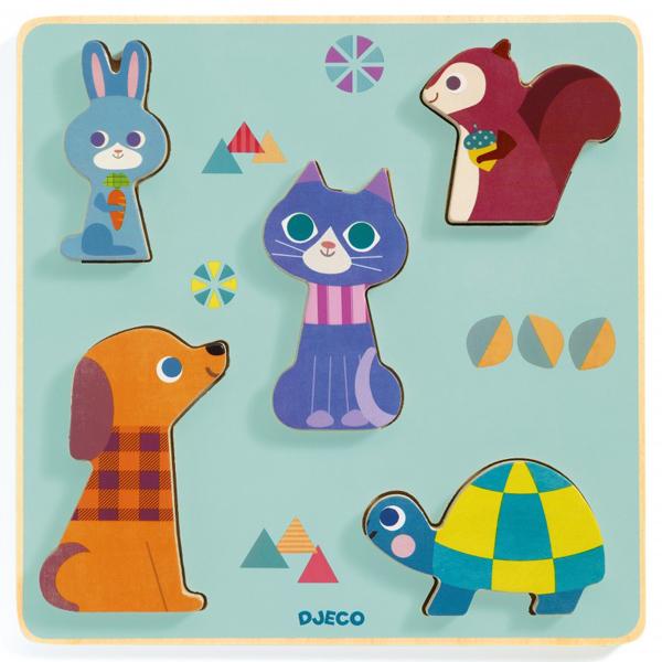 Djeco relief puzzel Moustacha vanaf 1j Van het Franse merk Djeco is deze mooie houten puzzel Moustacha. De educatieve houten relief puzzel met 5 dieren is geschikt voor kinderen vanaf 12 maanden. De prachtige illustraties zijn van Kiyomi Saito.