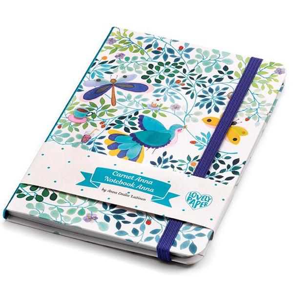 Djeco notitieboek Anna Van het Franse merk Djeco is dit mooie notitieboek Anna. Het notitieboek is blanco en heeft 78 pagina's voor al je notities.