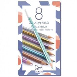 Djeco set 8 metallic potloden Van het Franse merk Djeco is deze set met 8 metallic potloden. De metallic potloden zijn geschikt voor kinderen vanaf 6 jaar. Ontdek ook de glitter en metallic markers van Djeco voor je knutselwerk.