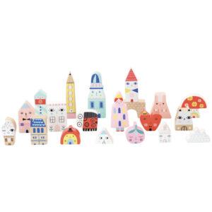Tiny City houten stad blokken Suzy Ultman vanaf 2 jaar Van het Franse merk Vilac is deze mooie set met 20 houten stad blokken. De 20 blokken zijn verpakt in een mooie kartonnen melkdoos. Ideaal voor de fijne motoriek voor kinderen vanaf 2 jaar. De mooie illustraties op de houten blokken zijn van de Amerikaanse illustrator Suzy Ultman.
