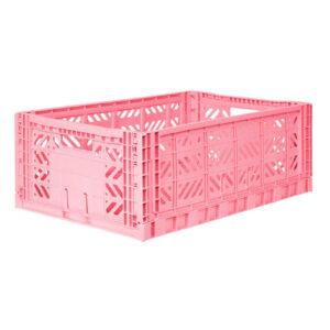 Ay-Kasa krat Baby Pink large De Ay-Kasa kratjes zijn prachtig in je interieur, de baby of kinderkamer. De kleurrijke kratjes van Ay-Kasa zijn een creatieve oplossing voor extra opbergruimte op je werkplek of je bureau. De opvouwbare kratjes zijn gemaakt van gerecycled plastic. De ecologische Ay-kasa kratjes kan je handig op elkaar stapelen. Afmeting van de Baby Pink large krat is 60 x 40 x 22. De largeAykasa kratjes hebben een inhoud van 44 liter en kunnen gevuld worden tot 22kg.
