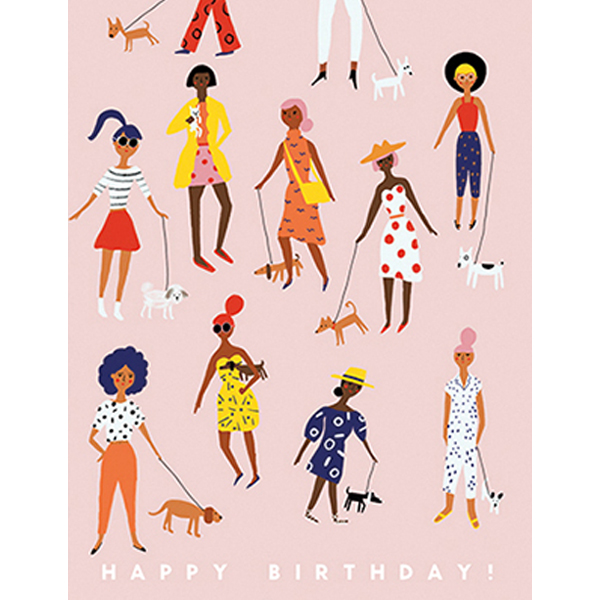 """Wenskaart Happy Birhday Pooch Walking Carolyn Suzuki Carolyn Suzuki woont in Los Angeles en maakt prachtige illustratiesmet felle kleuren en speelse patronen die vreugde en diversiteit naar voor brengen. Met haar mooie illustraties met een tikkeltje humor steunt ze verschillende goede doelen zoals mensenrechten en het klimaat. Ze gebruikt het bereik van haar kunst in haar activisme om vrouwelijke ondernemers te ondersteunen. Carolyn heeft de laatste 8 jaar een wenskaartenbedrijf en verkoopt haar mooie illustraties van Japan tot Australië. Kidsdinge is dan ook fier om haar prachtige illustraties in Belgie te laten zien. De """"Happy BirthdayPooch Walking!"""" dubbele wenskaart met is geprint op 100% gerecycled FSC papier van berk. De afmeting van de dubbele wenskaart is 10,8cm x 14cm."""