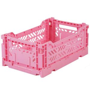 Ay-Kasa krat Baby Pink Small De Ay-Kasa kratjes zijn prachtig in je interieur, de baby of kinderkamer. De kleurrijke kratjes van Ay-Kasa zijn een creatieve oplossing voor extra opbergruimte op je werkplek of je bureau. De opvouwbare kratjes zijn gemaakt van gerecycled plastic. De ecologische Ay-kasa kratjes kan je handig op elkaar stapelen. Afmeting van de small krat is 27 x 17 x 10,5,een inhoud van 4 liter en kan gemakkelijk gevuld worden tot 2,5 kg.