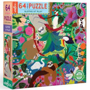 Eeboo Luiaard puzzel 64 stuks vanaf 5 jaa Luiaards die rondhangen in de natuur is een prachtige puzzel van 64 stukken geïllustreerd door Monika Forsberg in New York. Geen top of bottom, leuk om van welke kant dan ook aan te werken! De enige die ondersteboven staan zijn de luiaards. De educatieve puzzel is geschikt voor kinderen vanaf 5 jaar. De illustraties zijn van Monika Forsberg voor het Amerikaanse merk Eeboo. Gedrukt op gerecycled karton en gedrukt met plantaardige inkt. Afmeting puzzel: 38cm x 38cm Leeftijd: vanaf 5 jaar